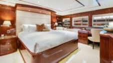 Motor yacht Broward Custom 110