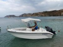 Charter motorboat in Heraklion