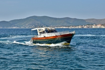 Hire Motorboat Apreamare Smeraldo 9 Castellabate