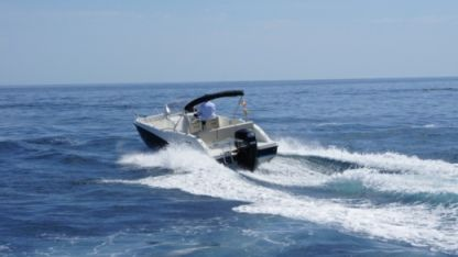 Charter Motorboat Quicksilver Activ 675 Open Palamós