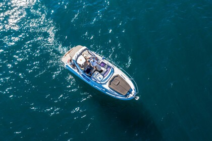 Hire Motorboat JEANNEAU LEADER 8 Sciez