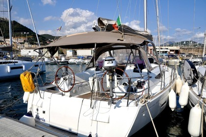 Rental Sailboat BENETEAU SUN ODYSSEY 439 Salerno