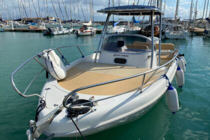 Rental Motorboat Saver Saver 720 Walk around Menton