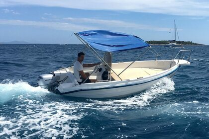 Hire Motorboat REFUL OPEN Hvar