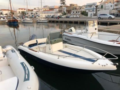Rental Motorboat Capelli Open 520 Calasetta