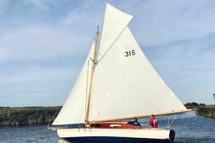 Hire Sailboat Landimore Norfolk Broads Sailing Boat Martham