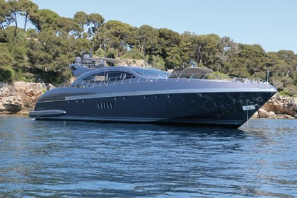 Location Yacht Mangusta 108 Antibes
