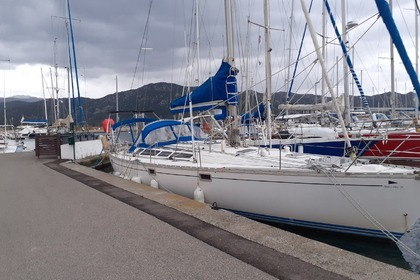 Hire Sailboat Jeanneau Sun Kiss 47 Saint-Florent