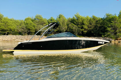 Miete Motorboot FOUR WINNS 242 SL Zadar