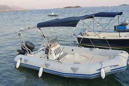 Hire RIB Zodiac Medline 1 Hvar