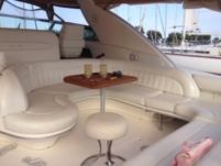 Motorboat Sea Ray Sundancer 450 for hire