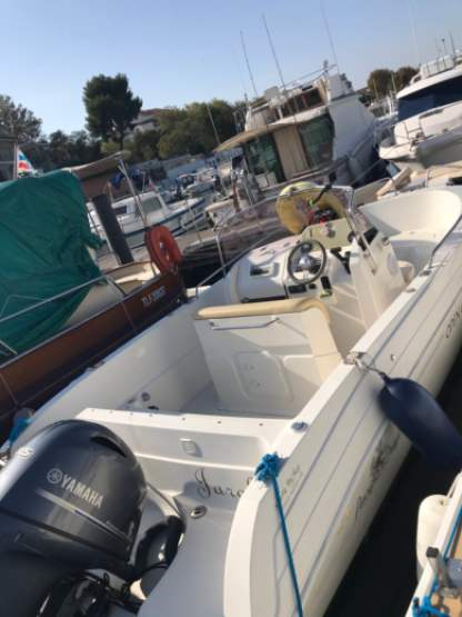 Rental Motorboat Pacific Craft Open 625 Martigues