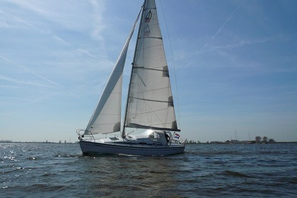Hire Sailboat Dehler 25 Cruiser Sneek