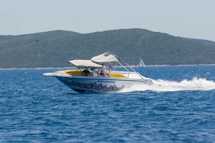 Rental Motorboat Sea Ray Parasailing Trogir