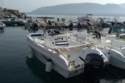 Hire Motorboat Blumax 19 open Trappeto