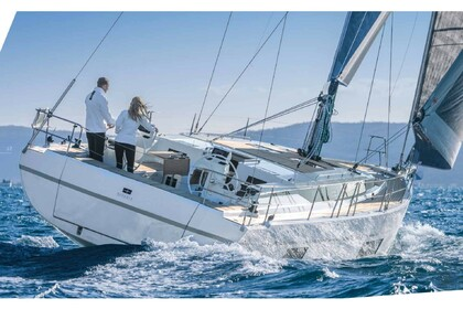 Hire Sailboat Bavaria C45 Lefkada