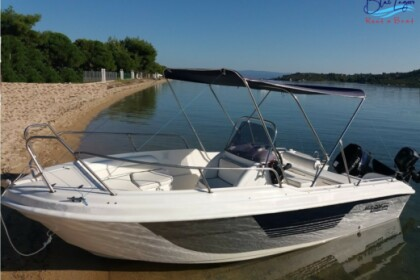 Hire Motorboat BLUELAGOON 53 Vourvourou
