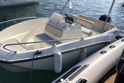 Hire Motorboat Quicksilver Activ 505 Open La Rochelle