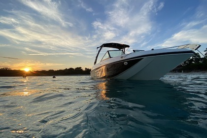 Rental Motorboat Bayliner Element 7 La Londe-les-Maures