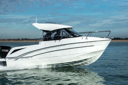 Hire Motorboat Beneteau Antares 6 Leucate