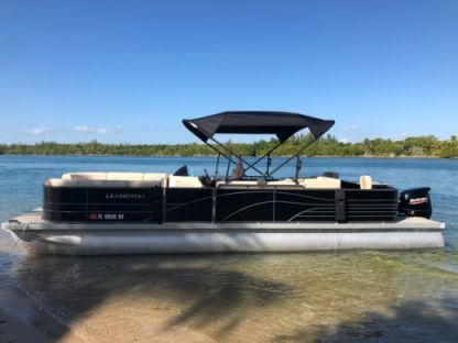 Rental Motorboat Pontoon 28 Miami
