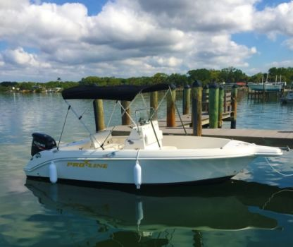 Charter Motorboat Pro Line Center Console Sport Fish 20' North Port