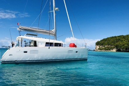 Charter Catamaran LAGOON 400 Grand Case