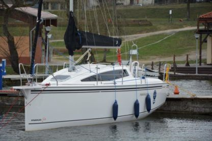 Rental Sailboat Maxus 26 Wilkasy