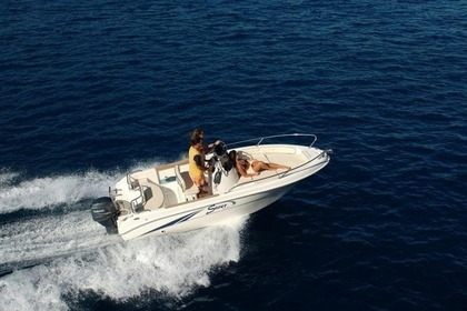Hire Motorboat SAVER 550 Crikvenica
