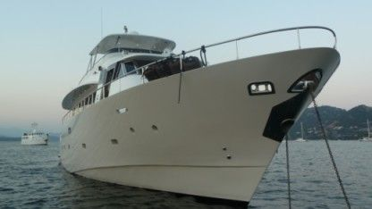 Charter Motorboat Trawler Yacht Yacht Ajaccio