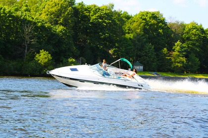 Hire Motorboat Chaparral 2835 Saint Petersburg