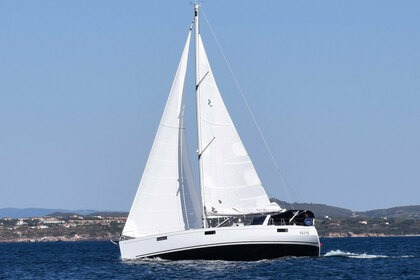 Rental Sailboat BENETEAU OCEANIS 48 Carloforte