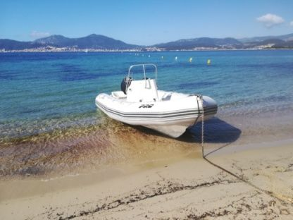 Location Semi-rigide Zodiac Pro Open 550 Calcatoggio