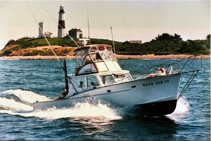 Hire Motorboat Sportfisherman 41ft Montauk