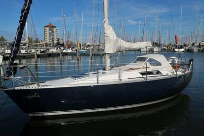 Hire Sailboat BENETEAU FIRST 30 Sanxenxo