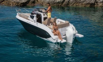 Charter Motorboat Ranieri Next 220 Arzon