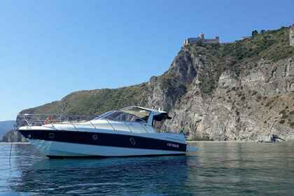 Rental Motorboat CRANCHI ZAFFIRO 32 Aeolian Islands