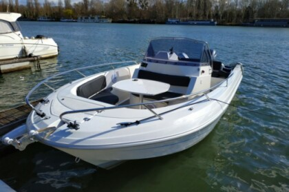 Rental Motorboat Pacific Craft 670 La Londe-les-Maures