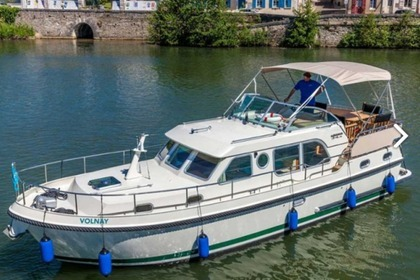 Location Péniche LINSSEN Grand Sturdy 34.9 FR Joigny
