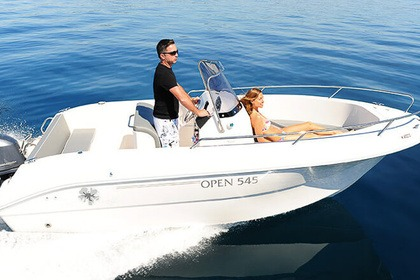 Hire Motorboat Pacific Craft Open 545 Saint-Cyprien