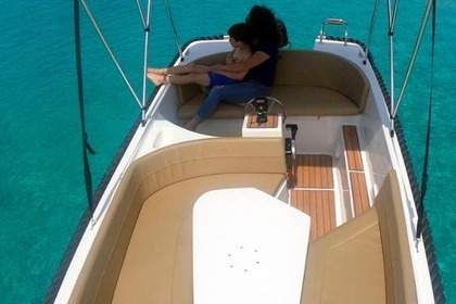 Rental Motorboat Mareti 500 open Nerja