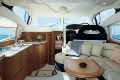 Hire Motorboat AZIMUT 42 fly Sanremo