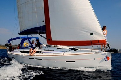 Charter Sailboat Sunsail 41 Road Town