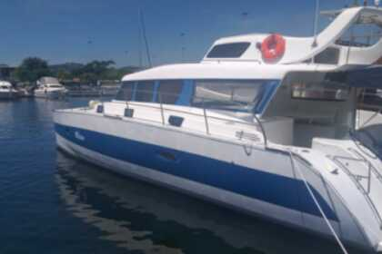Charter Motorboat Blujoi Power Cat 40 Luxo Angra dos Reis