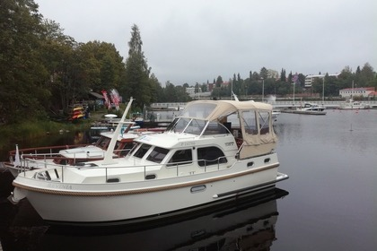 Hire Motorboat LINSSEN GRAND STURDY 30,9 AC Savonlinna