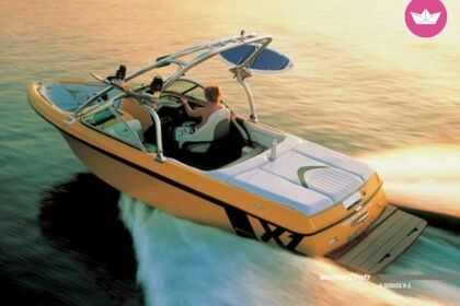 Rental Motorboat Mastercraft x1 Trinity