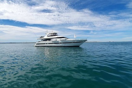 Rental Motorboat Azimut Flybridge La Paz