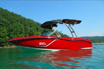 Hire Motorboat Mastercraft Nxt20 New Buffalo