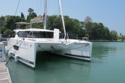 Location Catamaran Fountaine Pajot Lucia 40 Phuket