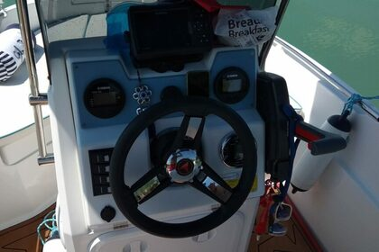 Rental Motorboat Compass 150cc Chalkidiki
